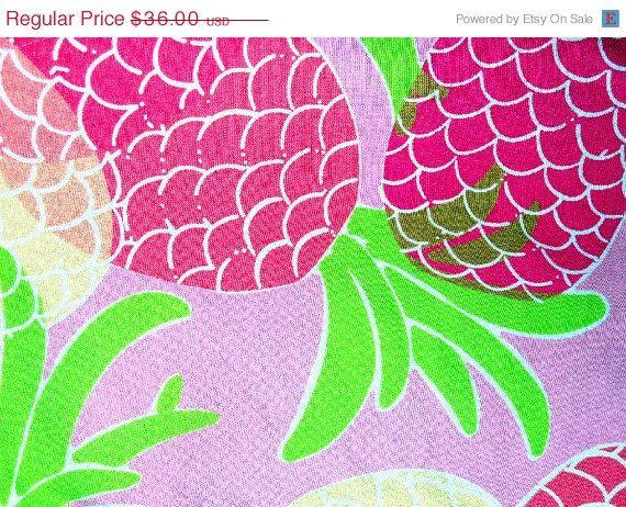 sale lilly pulitzer capri pants pink pineapple print size 0 via etsy pineapples. Black Bedroom Furniture Sets. Home Design Ideas