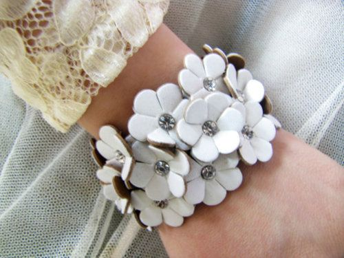 women or girl white leather with flowers leather bracelet cuff wristband bracelet 370A by braceletcool