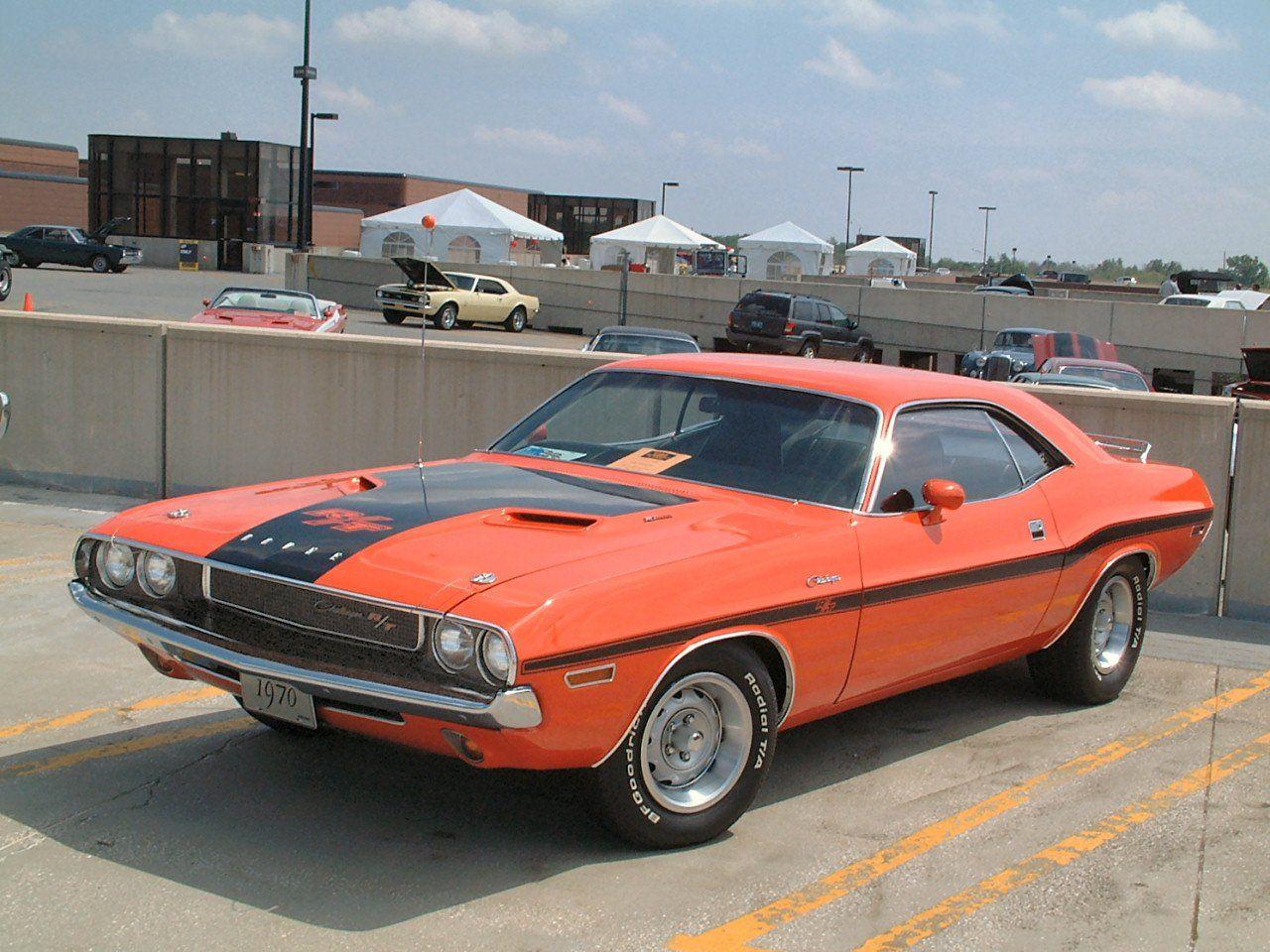 1970 dodge challenger rt 383 magnum hemi orange