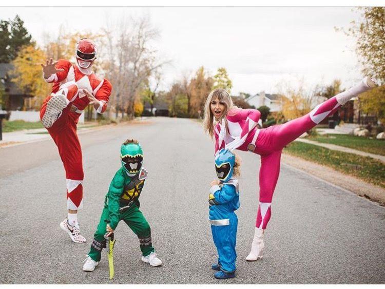 Power rangers family