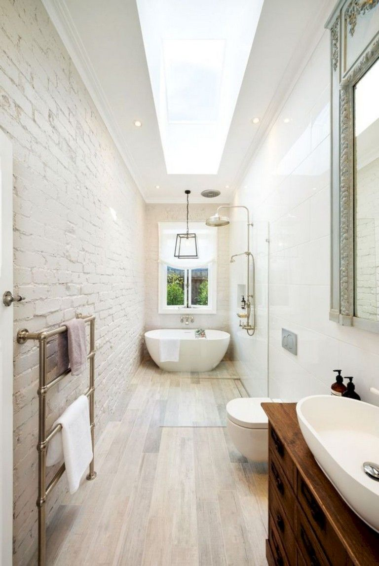 35 Luxury Bathroom Makeovers Ideas For Small Space Long Bathroom Design Long Narrow Bathroom Narrow Bathroom Designs