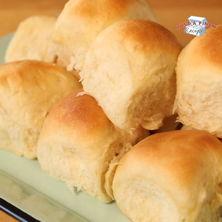 Old-Fashioned Soft and Buttery Yeast Rolls