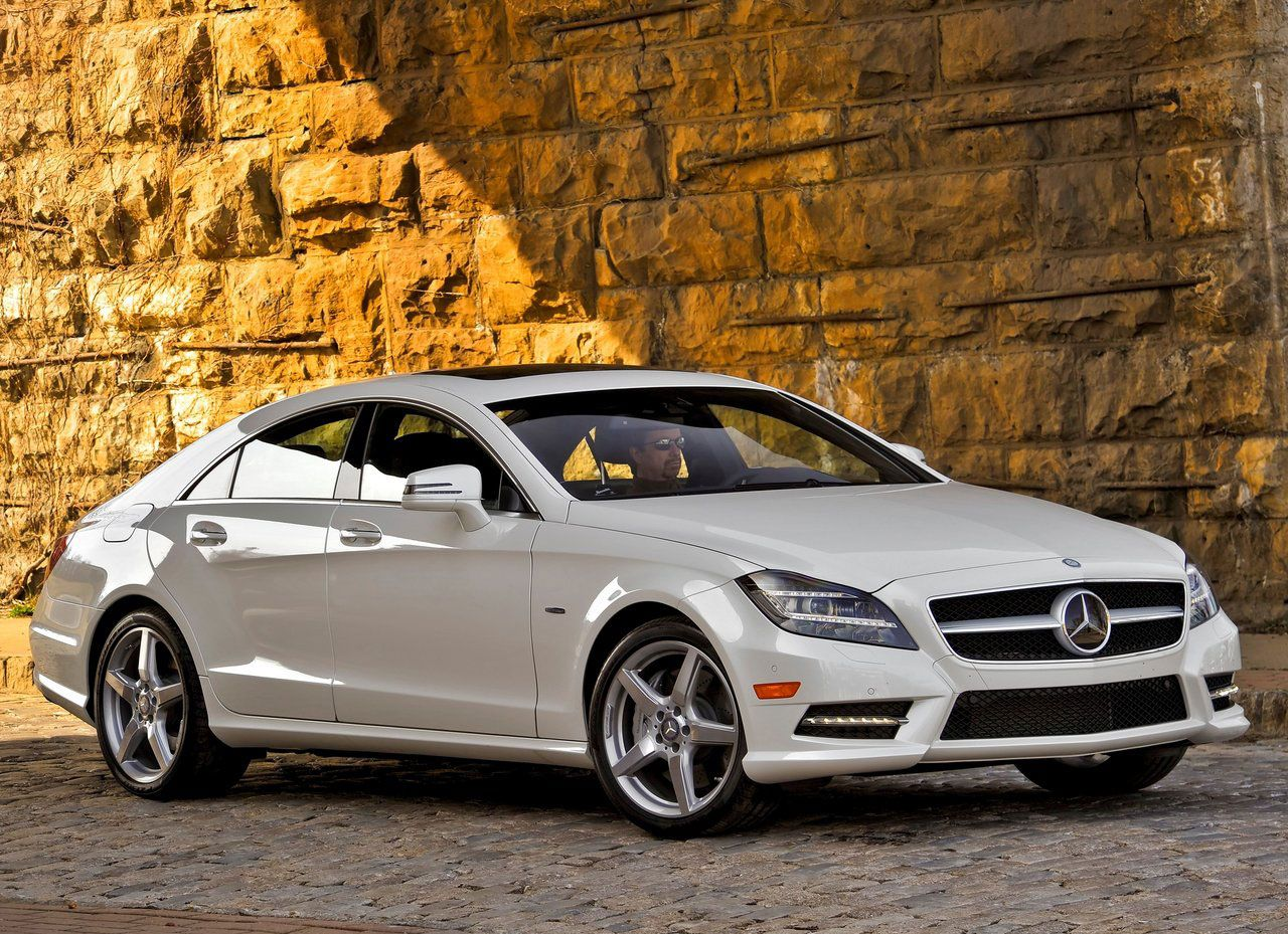 Mercedes Benz Cls550 Feels Good To Buy My Own Toys Thank For Sticking With Me 2430 Nextpurchase Hardwork Selfxmass Mercedes Benz Cls Mercedes Mercedes Cls