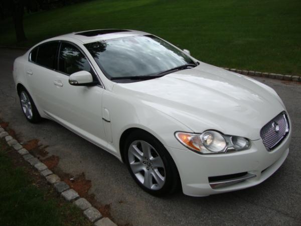2009 Jaguar XF!! Our new car!!