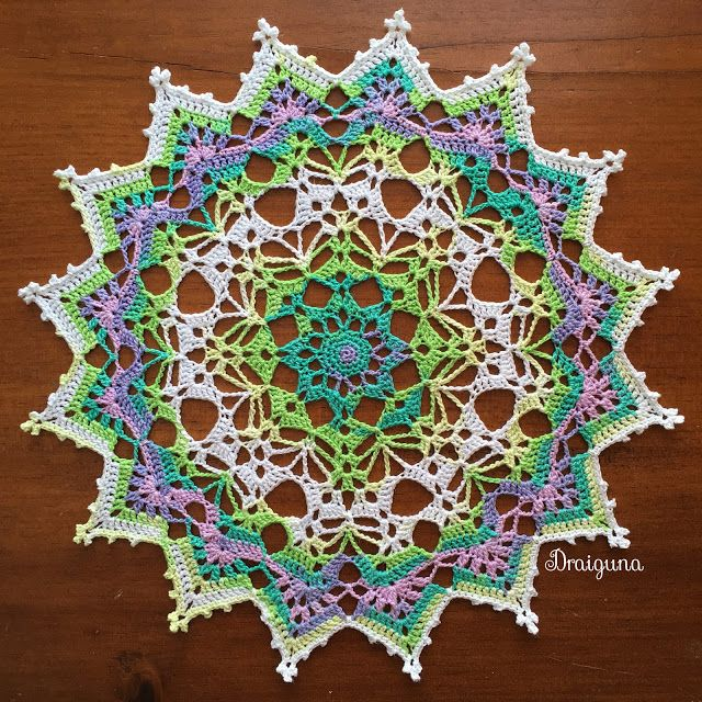Draiguna: Spring Brilliance | Thread Crochet | Pinterest | Carpeta ...