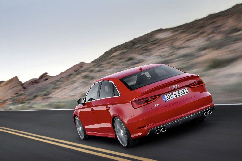 Audi S3 Sedan 2015 Con Potencia De 300 Cv Que Le Permite Conseguir 100kms H En 5 Segs Audi Sedan Autos