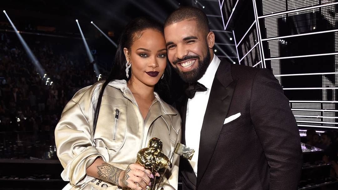 Everyone Thought Drake Was Going To Propose To Rihanna At The Vmas