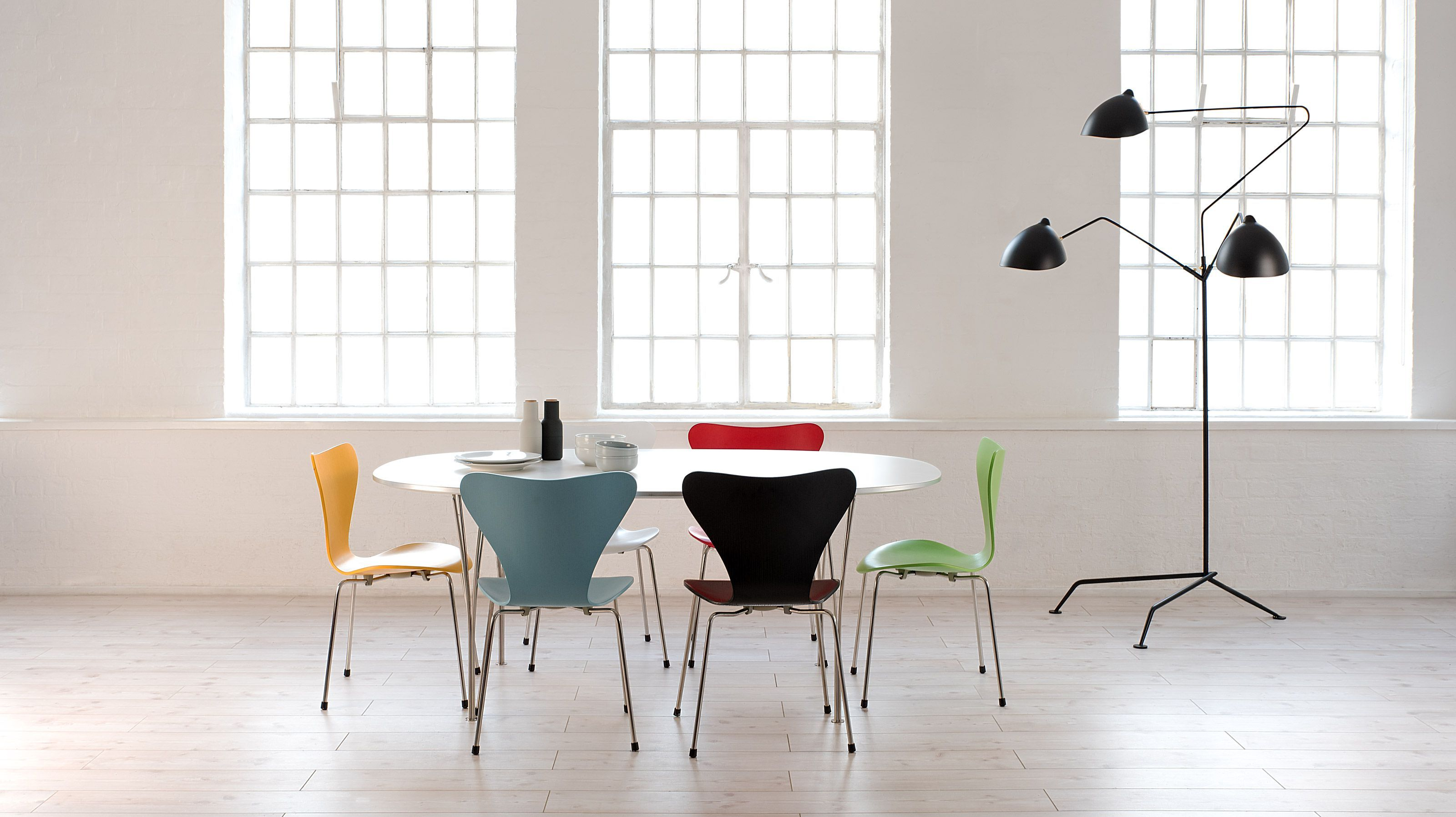 12 best Arne Jacobsen s Series 7 Chair images on Pinterest