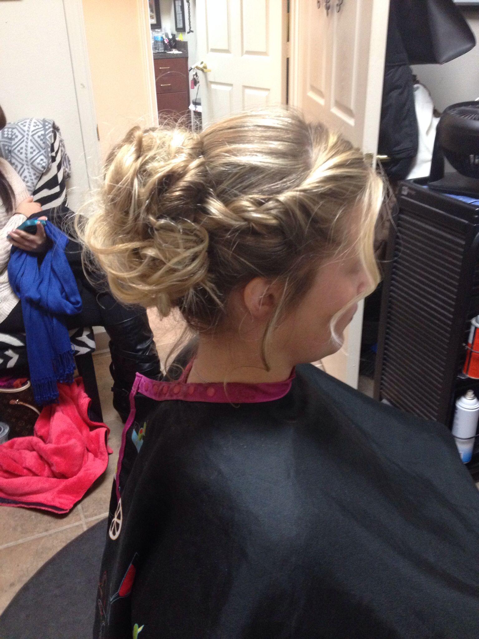 Hair By Stephanie 896 778 3991 Lubbock Tx Wedding Updo Hair Styles Wedding Updo Hair