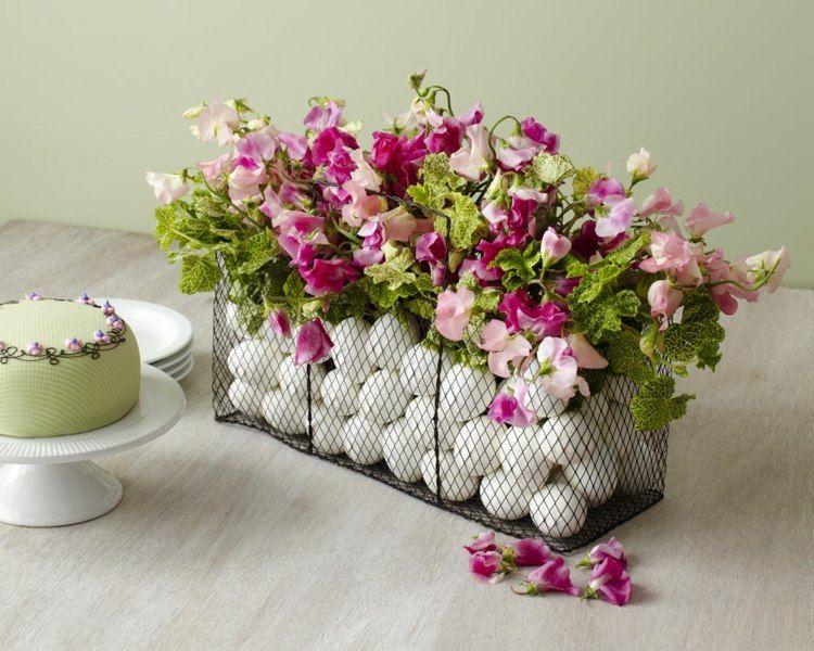 osterdeko am tisch selber machen coole arrangements ostern und fr hlingsdekoration ostern. Black Bedroom Furniture Sets. Home Design Ideas