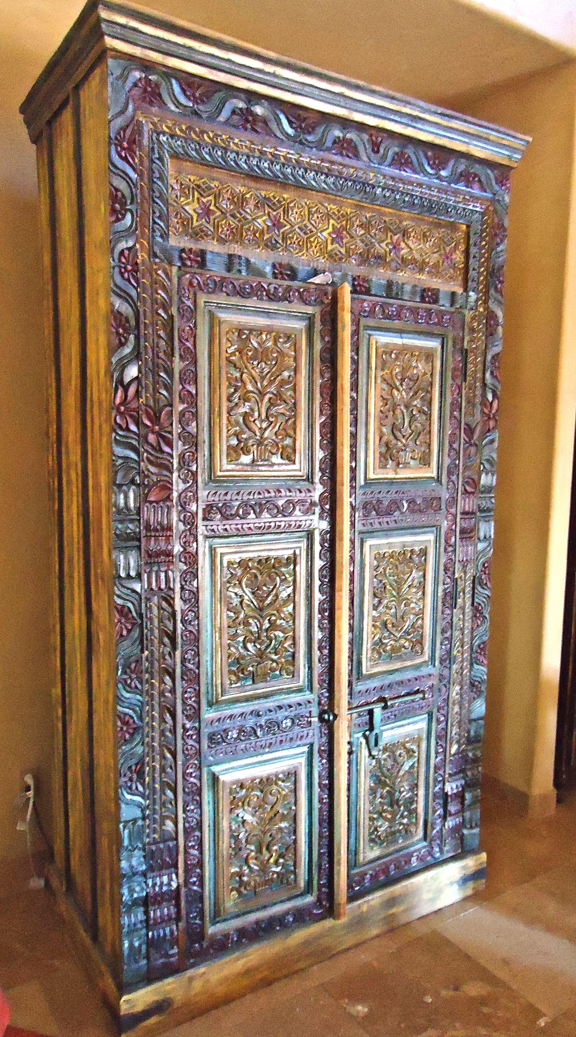 Spanish colonial armoire mediterranean tuscan old for Kacheln mediterran