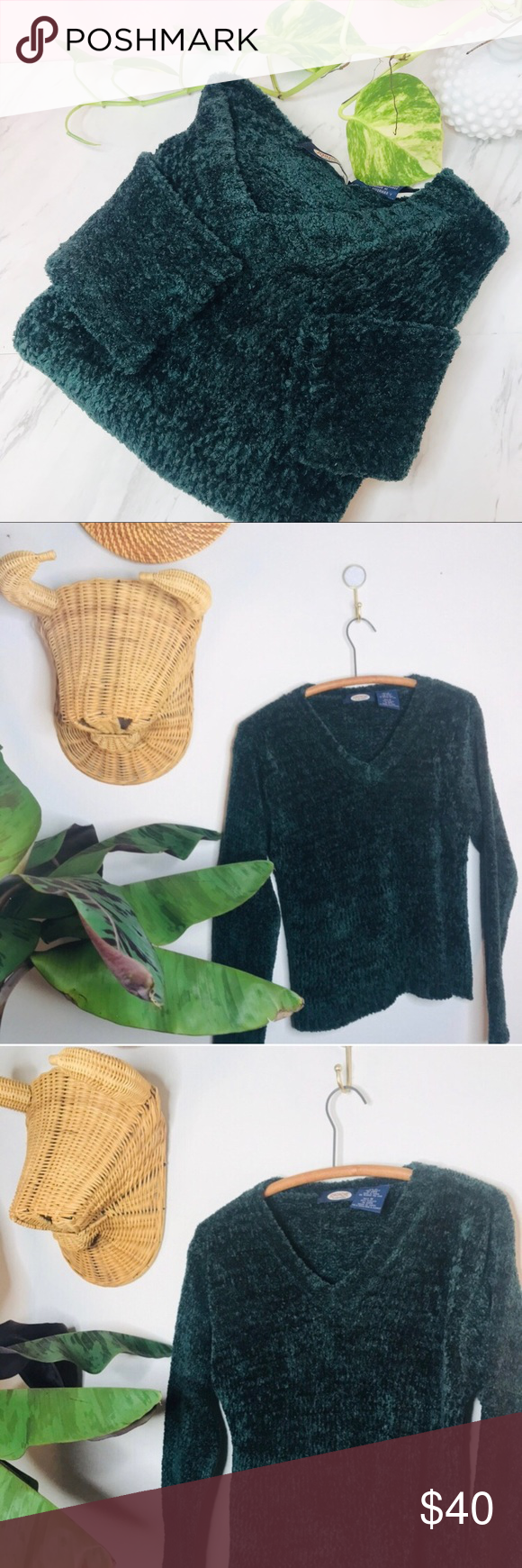 vtg vsco 90s Velour Crop Emerald Sweater Vintage Retro 90's Velour Crop Emerald Sweater  • Tags say medium but would fit a small or XS as an overs...