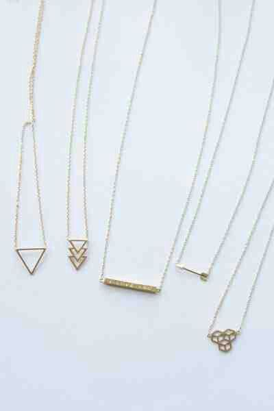 378feb64223 cute and simple necklaces | bling | Jewelry, Jewelry tattoo, Jewelry ...