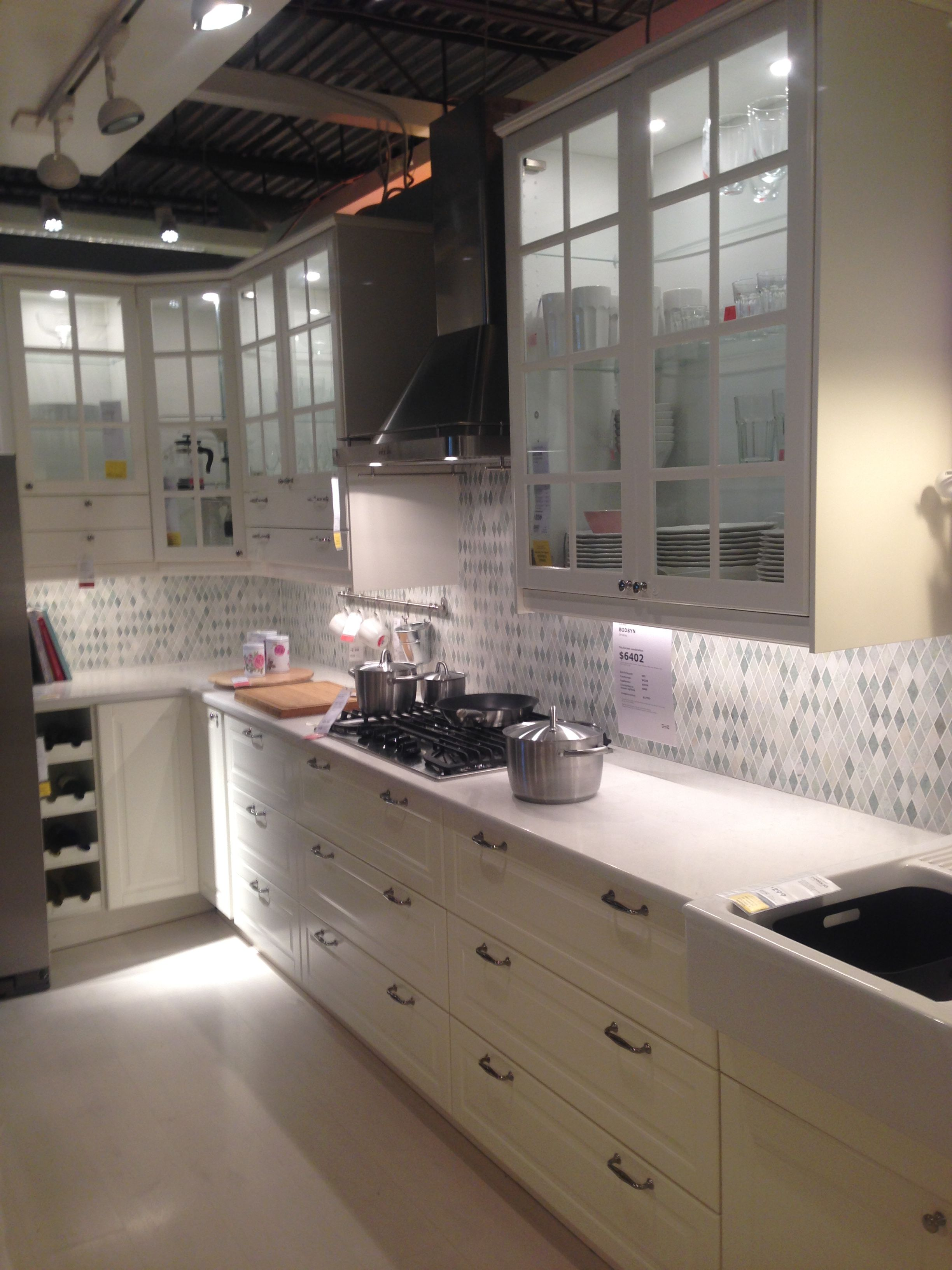 Best Ikea Bodbyn Off White I Like The Back Splash Vita Kök 400 x 300
