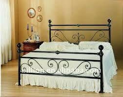 Resultado de imagem para camas de metal