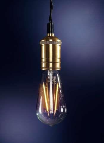 LED-Glühbirne warmweiß 14.0x6.4 cm (H/Ø)