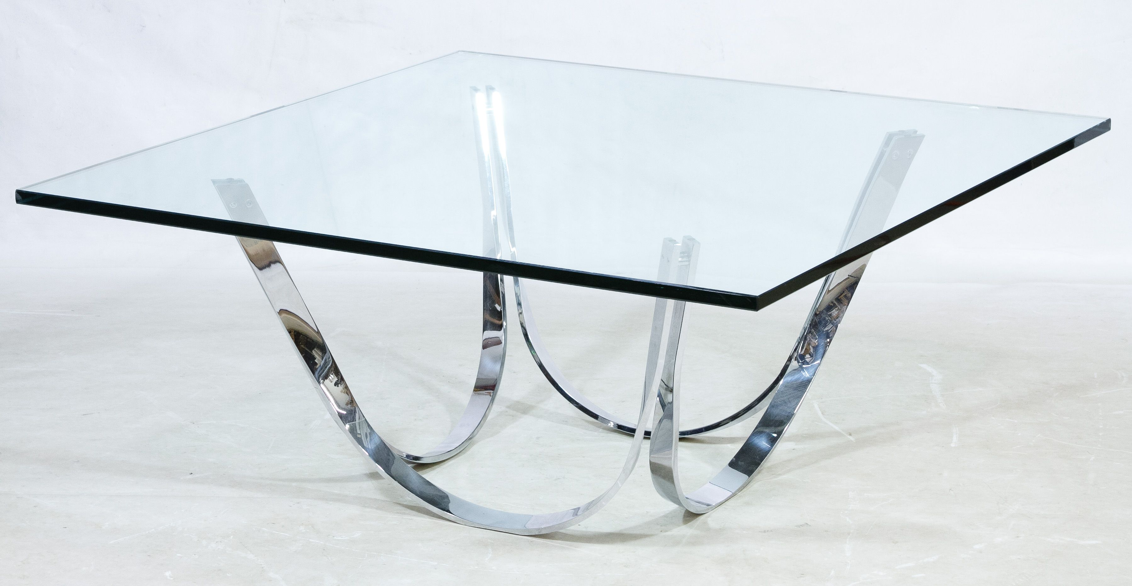 Lot 117 Mid Century Modern Glass and Chrome Coffee Table by Roger
