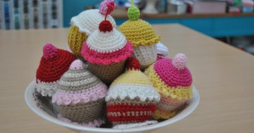 Cómo hacer un amigurumi de cupcake... ¡pues sigue los pasos de este ...