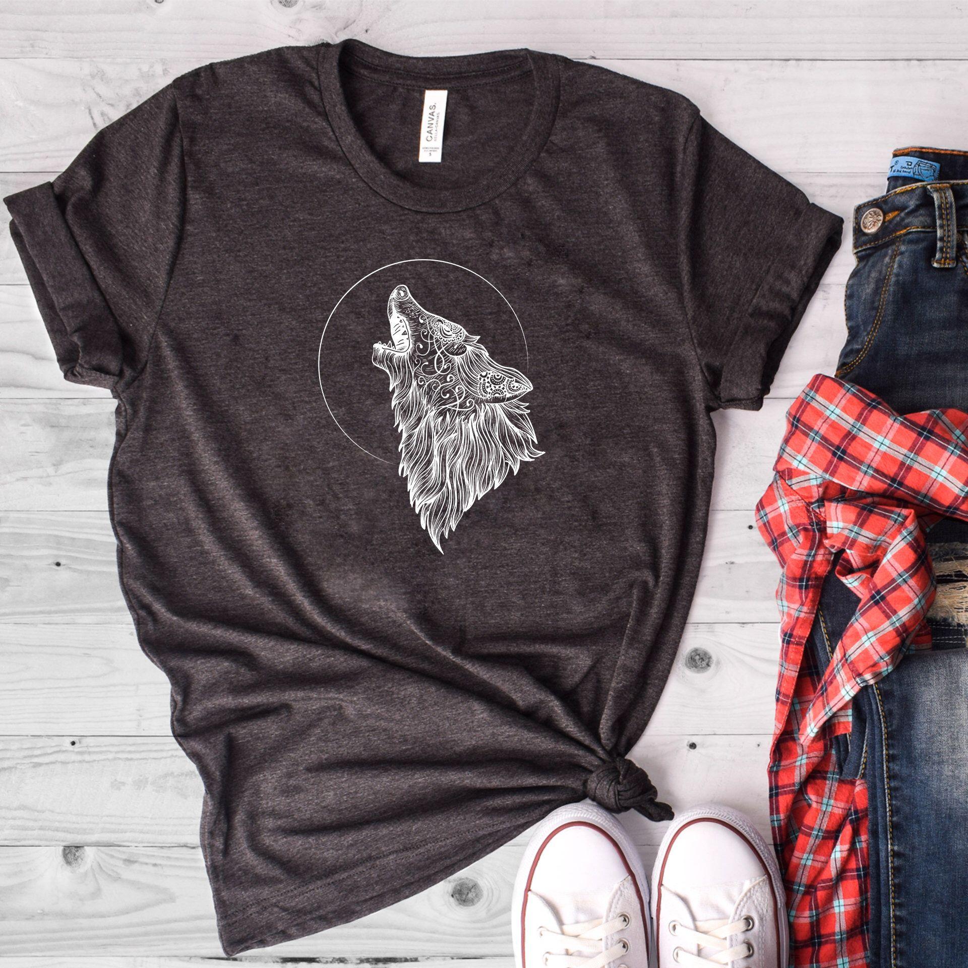 Wolf Howling Shirt Wolf Shirt Howling Wolf Shirt Wolves Etsy Shirts Moon Shirt Wolf Shirt