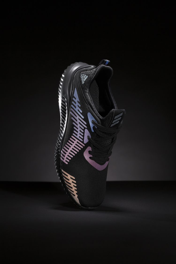 best service ecc7a 420bb Combining the popular new running silhouette with the light responsive  technology that debuted on the ZX