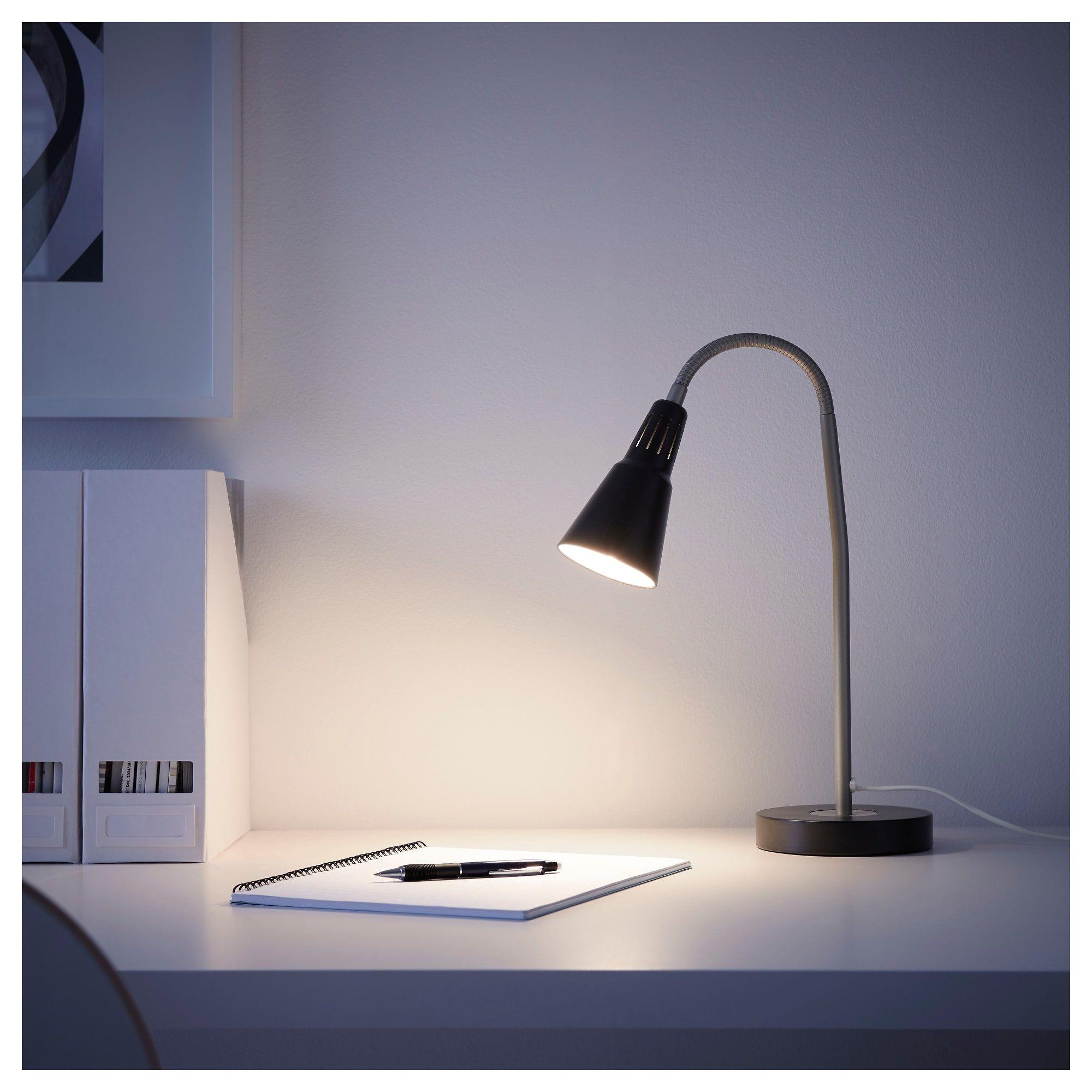 Kvart Arbeitsleuchte Schwarz Arbeitsleuchte Schwarze Tischlampen Und Lampentisch