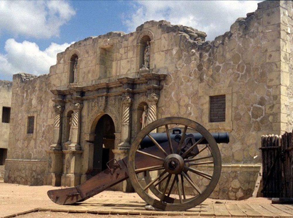 All Alamo Historians Agree That There Were Defenders That