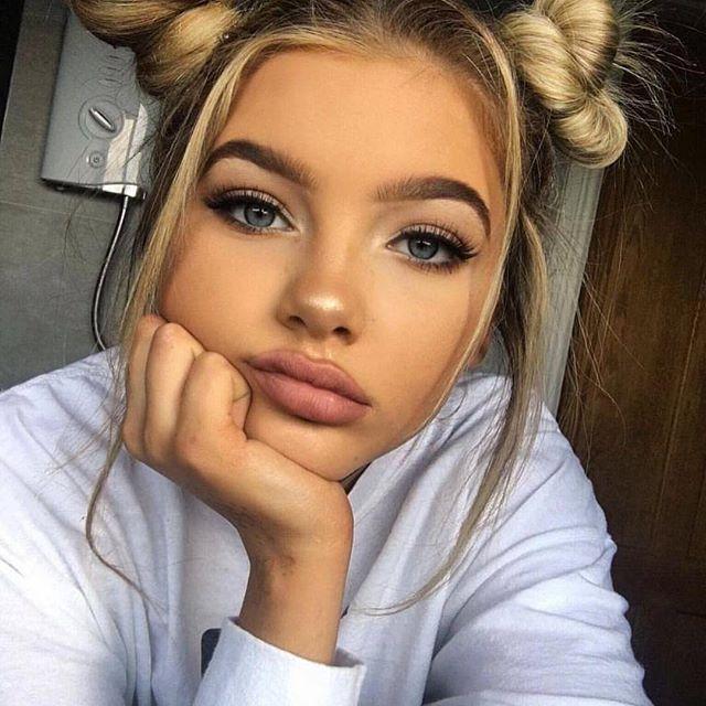 This Make-Up Though....✌️ #fashion #fashionblogger #fashionstyle #fashionista #makeup #mua #blog #blogs #blogger #instafashion #instalike #instadaily #instaselfie #instagram #inspire #instapic #beauty #bblog #style #model #selfie #makeuptutorial #makeupartist