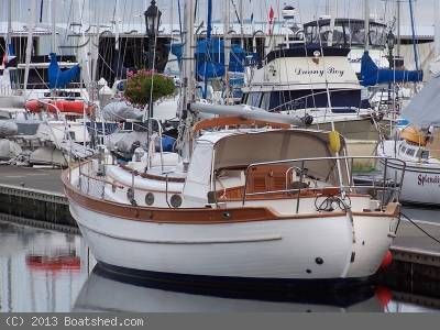 49167b8093ce67836e2c86f63f4cd9b3 westsail 32 hard dodger google search hard dodger pinterest Simple Boat Wiring Diagram at edmiracle.co