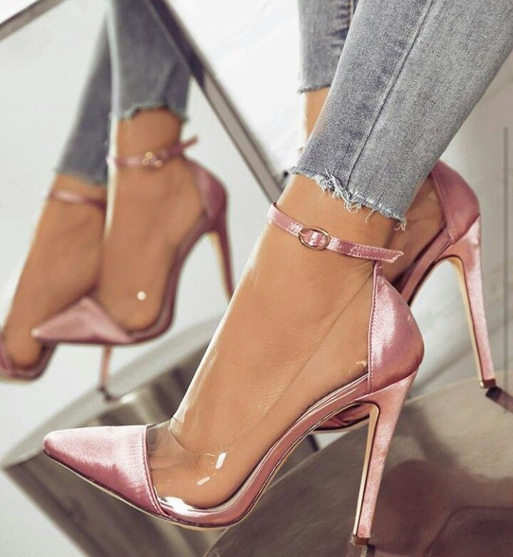 Pinterest: Nuggwifee | Sapatos de grife, Sapatos chiques