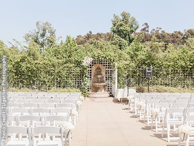 Anaheim Hills Golf Course Clubhouse An Orange County Wedding Location And Reception Venue Brought To You By Here Comes The Guide California S Best