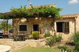 Resultado de imagem para casas rusticas con patios internos