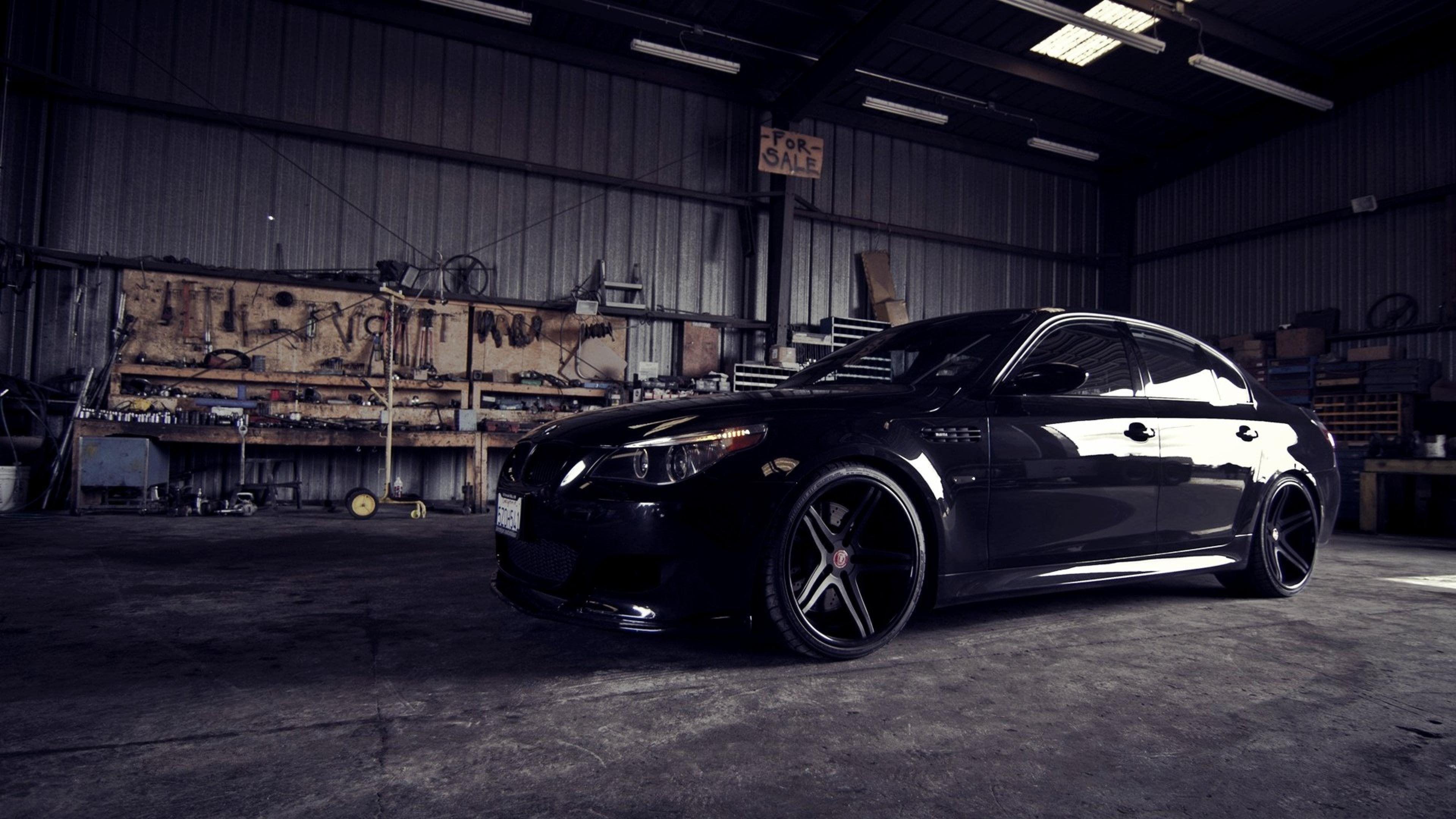 Bmw M5 E60 Garage 4k Ultra Hd Desktop Wallpaper 4k Cars Wallpapers