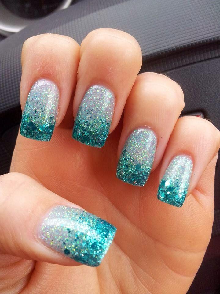 acrylic nails blue glitter sparkly