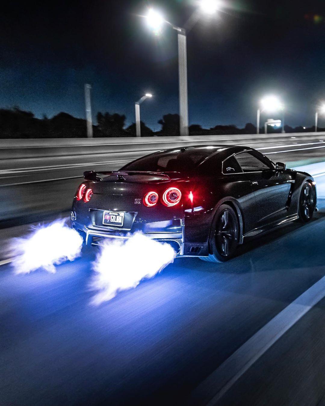 Fire Breathing Godzilla Nissan Skyline Gt R Nissan Gtr Skyline Nissan Gtr Nissan Gtr R34