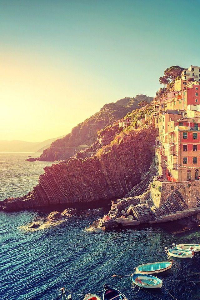 Riomaggiore Iphone 4s Wallpaper Travel Wallpaper Landscape Landmark Travel Beautiful europe wallpaper hd