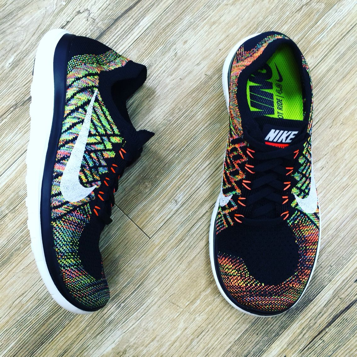 e1985b619d8 Details about WOMENS 6 NIKE FREE 4.0 FLYKNIT RUNNING SHOES BLUE ...