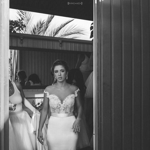 || Emma & Grace Real Bride || Denver Colorado Bridal Shop || #realbride #emmaandgrace #weddingdress emmaandgracebridal.com