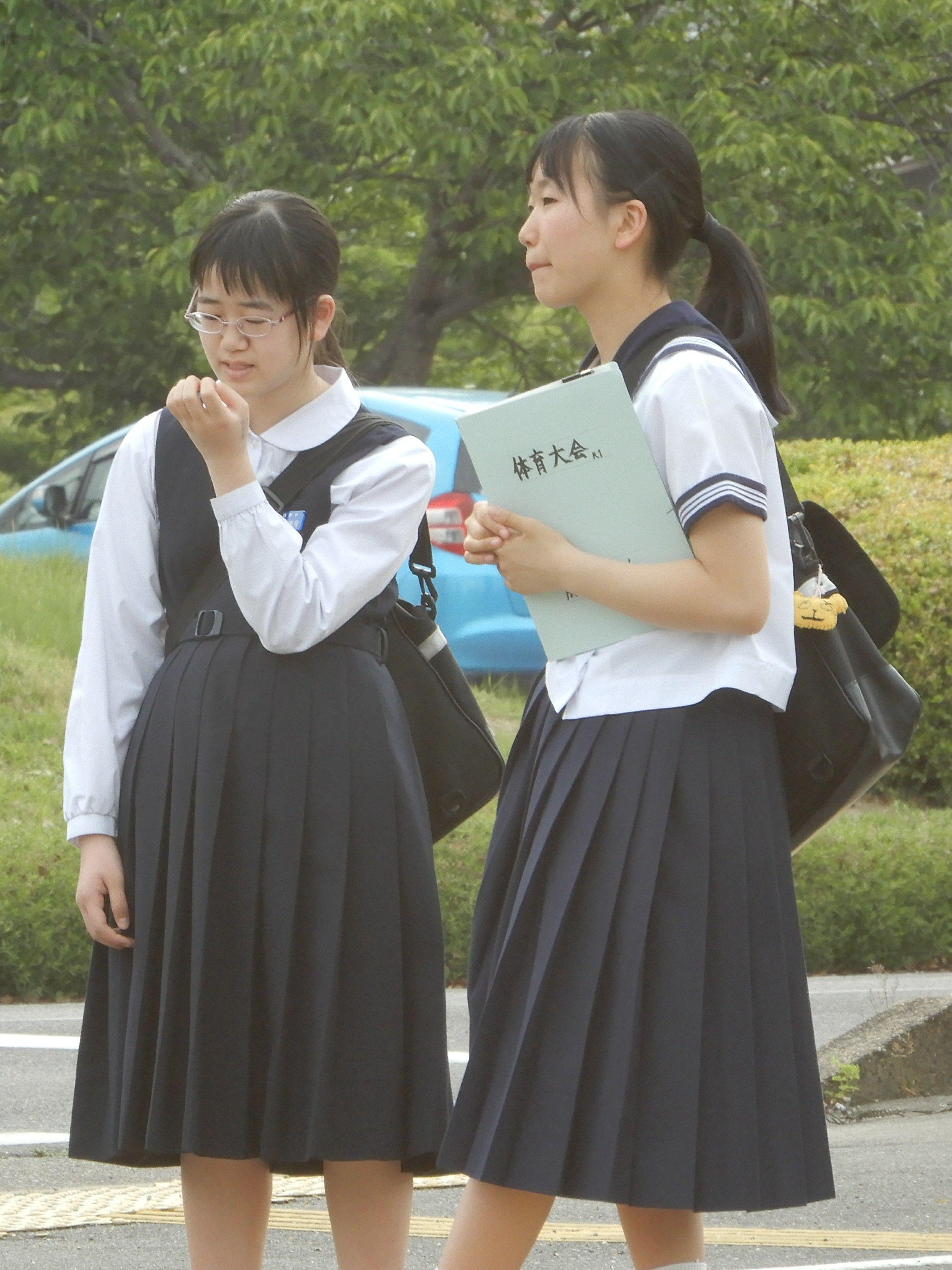 街撮り 女子 小学生 ボード「Japanese clothes」のピン