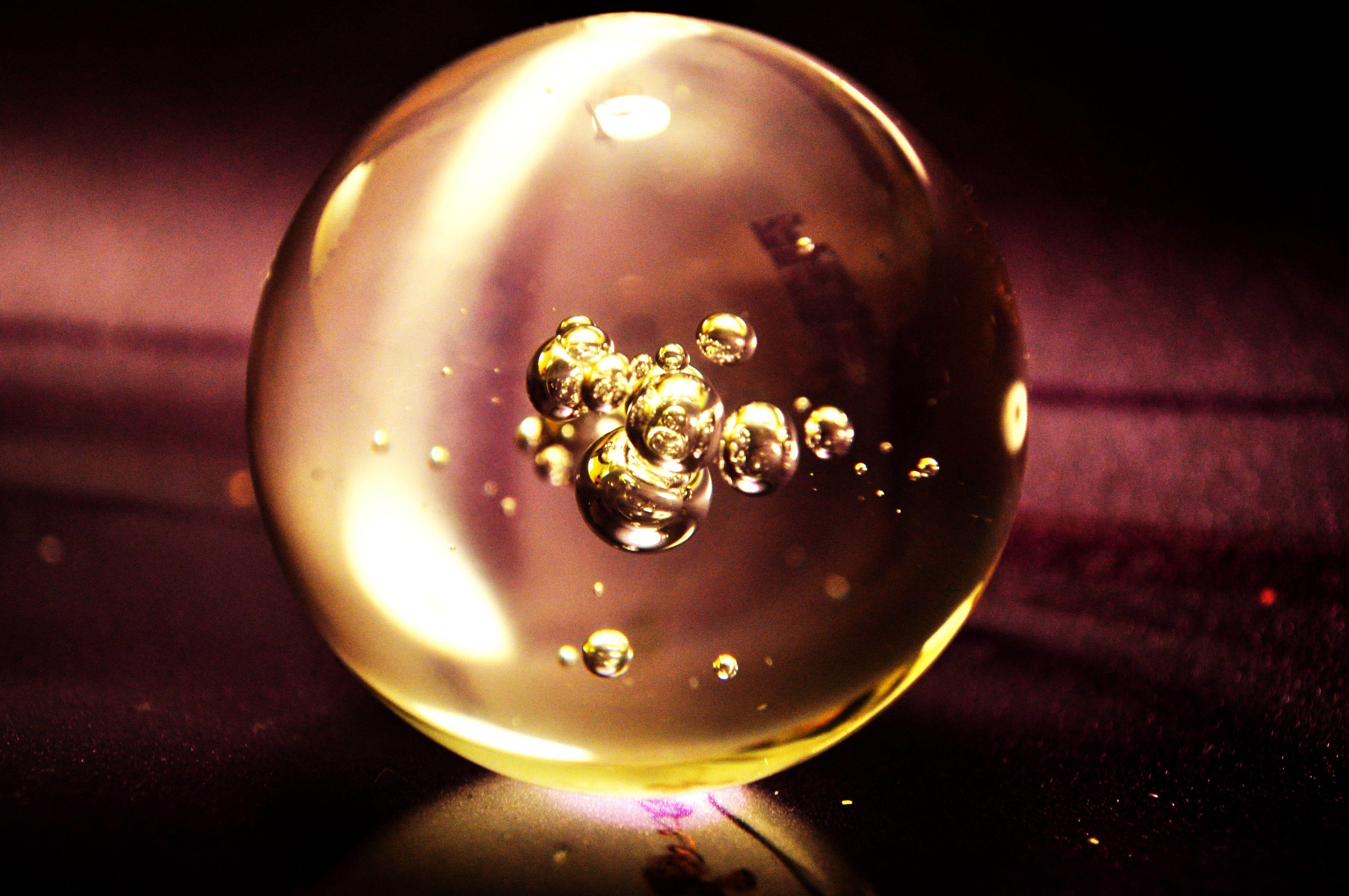 glass_ball_2_by_Raz_Ir.jpg (4288×2848)