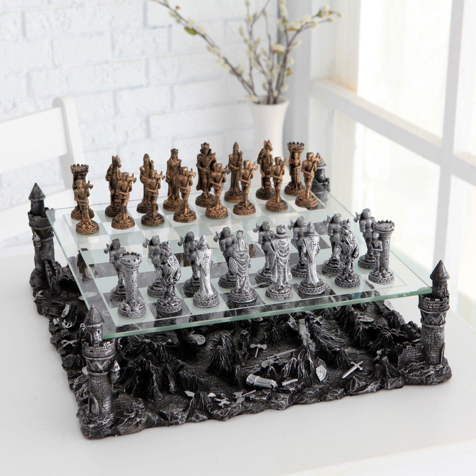 World Of Warcraft Chess Set Google Zoeken Chess