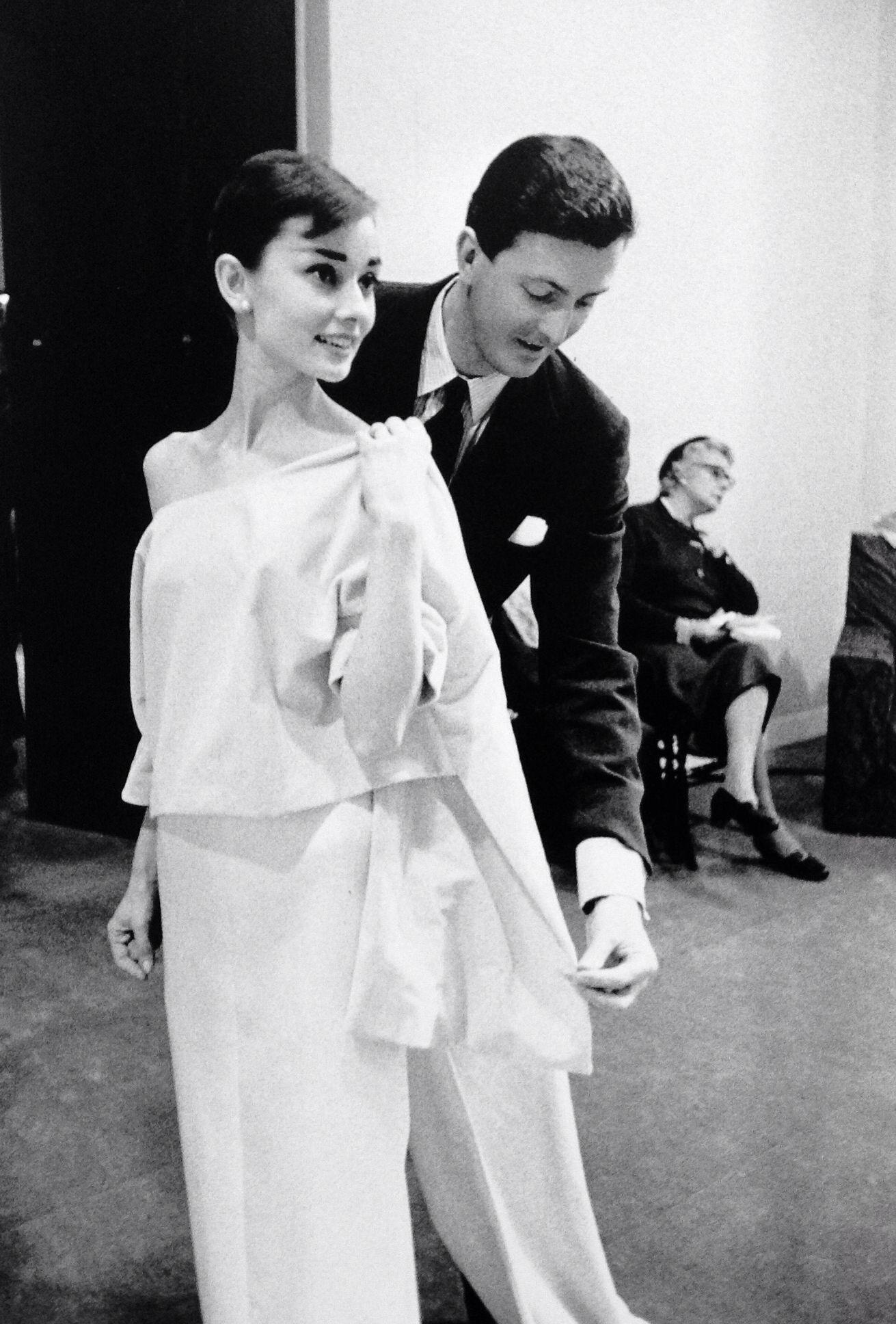 Resultado de imagem para Audrey Hepburn conhece givenchy
