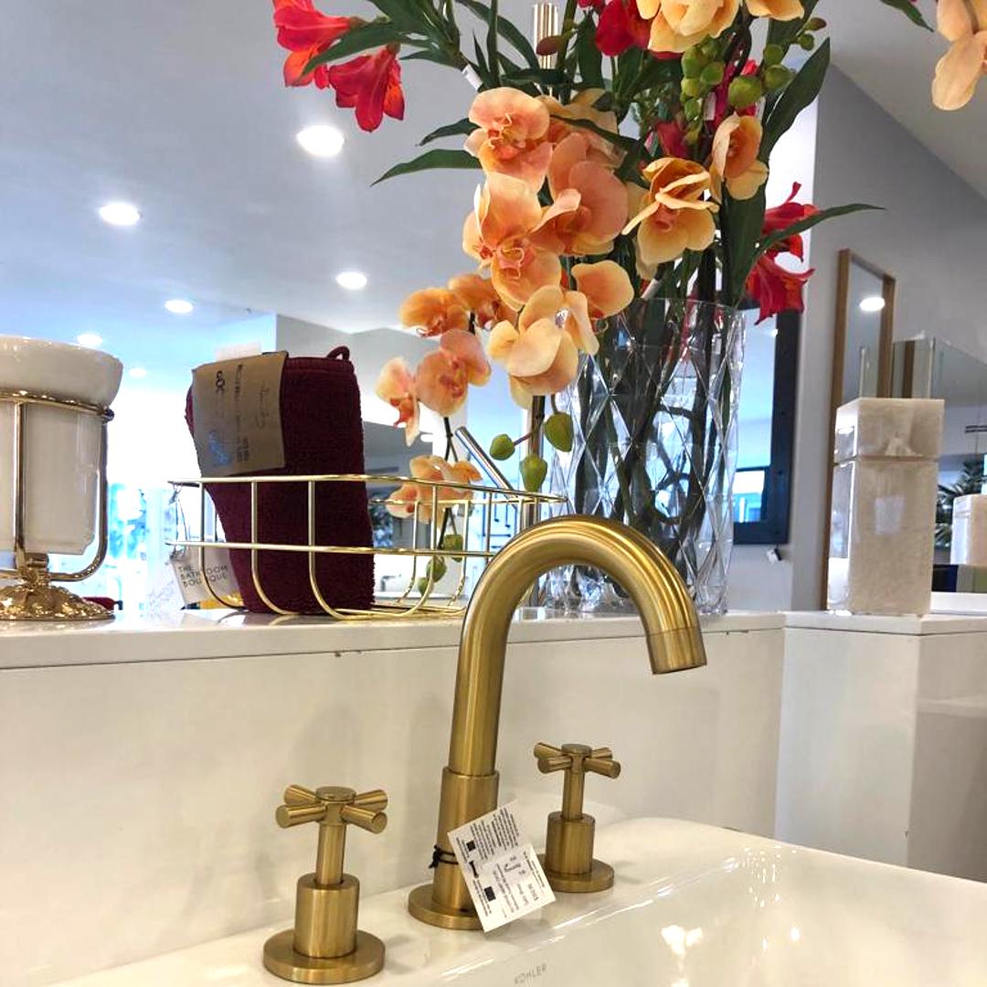Smart Cross Bathroom Faucet 8 Brass Antique Brass Round Classic Widespread Bathroom Faucets Faucet Kitchen Faucet Design [ 1080 x 1080 Pixel ]