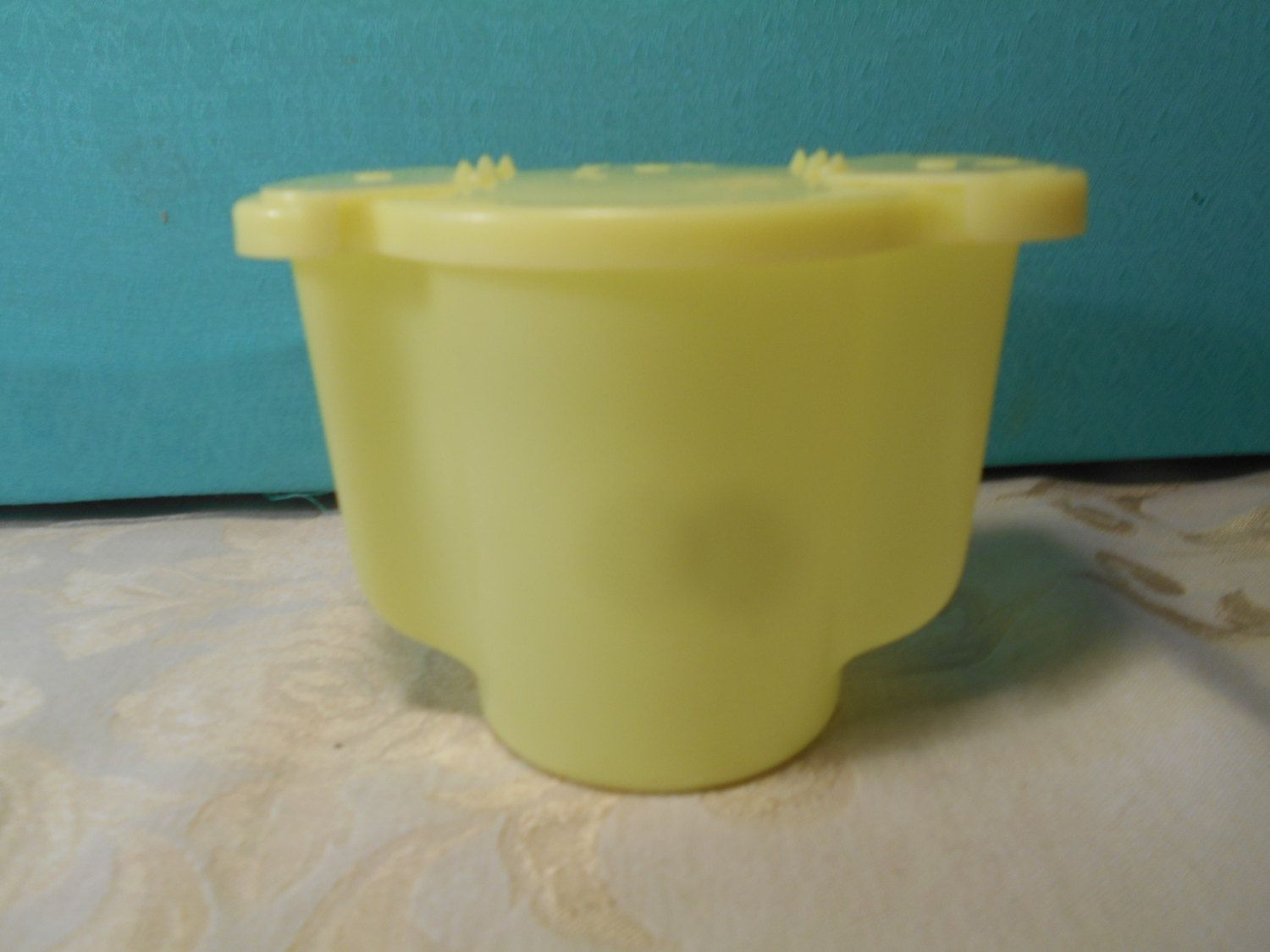 Yellow sugar bowls with lids - Vintage Tupperware Yellow Sugar Bowl And Almond Creamer With Lids