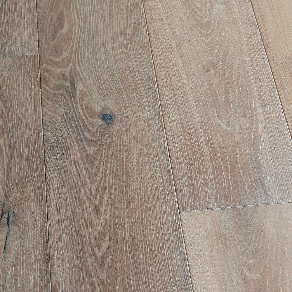 Malibu Wide Plank French Oak Newport 1 2 In Thick X 7 1 2 In Wide X Varying Length Engineered Hardwood Flooring 23 32 Sq Ft Case Hdmrtg289ef The Home De In 2020 Wood Floors