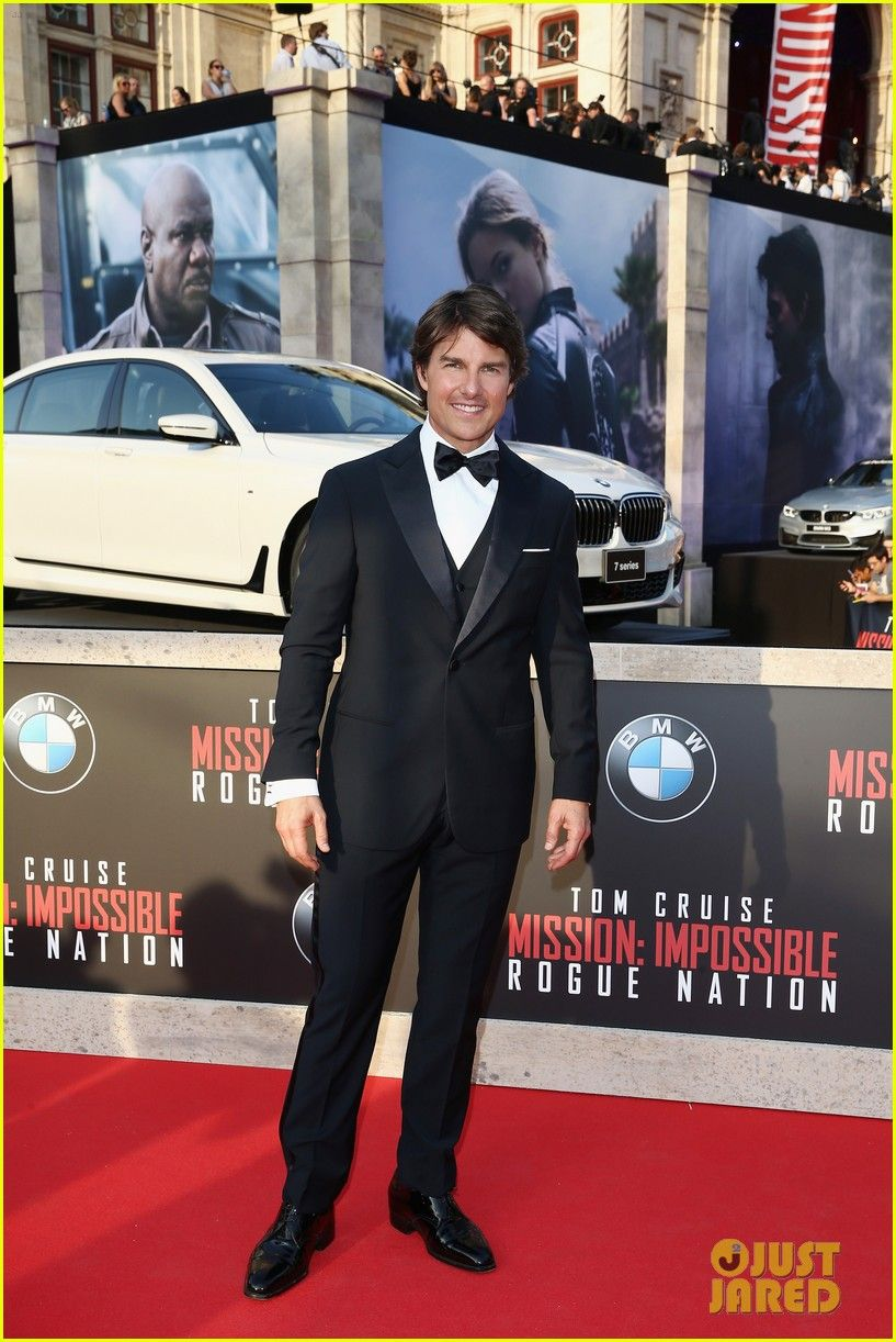 67ba8ed7df Tom Cruise Goes Black Tie for  Mission  Impossible - Rogue Nation  World  Premiere!