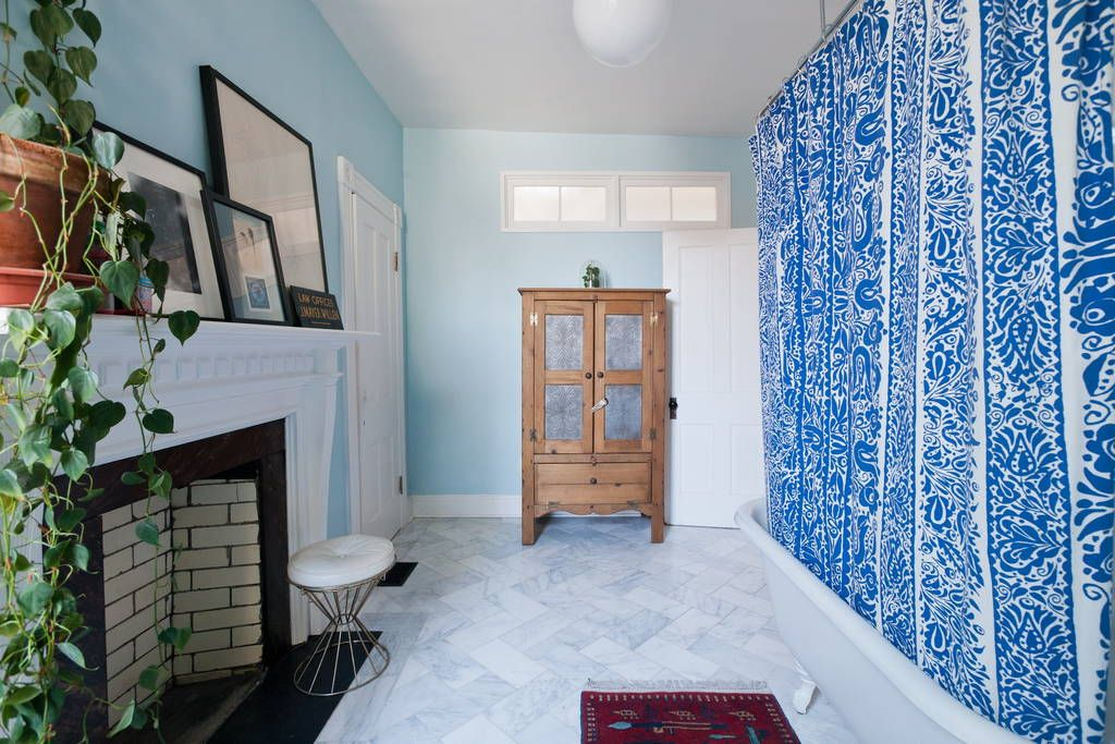Check out this awesome listing on Airbnb Art Gallery