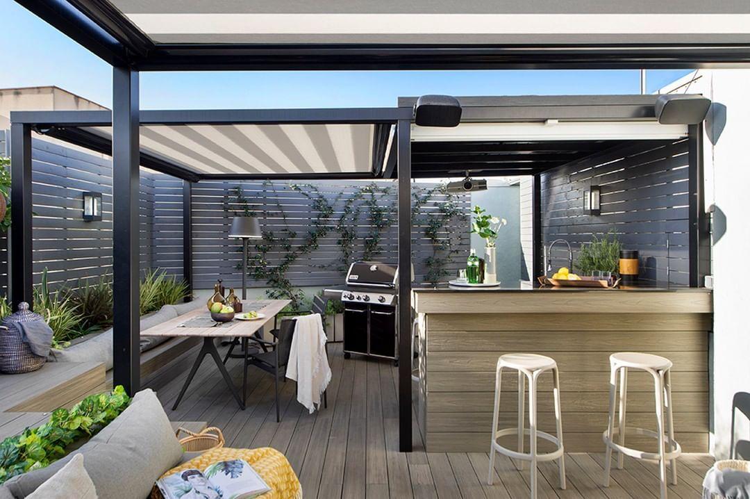 Egue Y Seta On Instagram Piscina Jacuzzi E Incluso Un Bar Con Acceso Desde La Habitacion In 2020 Modern Outdoor Spaces Modern Outdoor Patio Rooftop Terrace Design