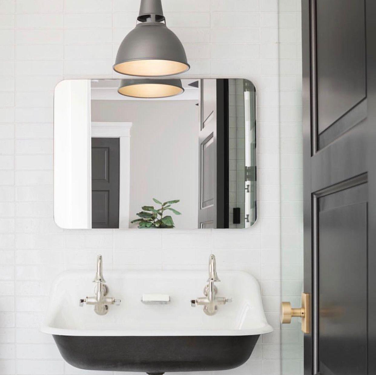 Pin By Angel Wier On Half Bath Bathroom Decor Amazing Bathrooms Round Mirror Bathroom [ 1237 x 1242 Pixel ]