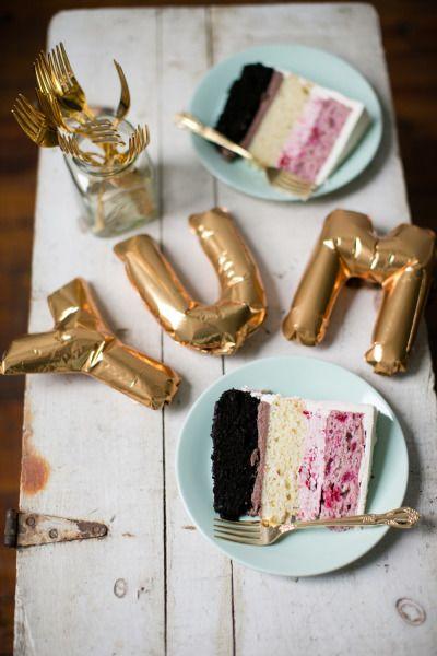 Cake tasting: http://www.stylemepretty.com/pennsylvania-weddings/philadelphia/2015/03/06/3-tips-for-a-better-cake-tasting/ | Photography: Peach Plum Pear - http://peachplumpearphoto.com/