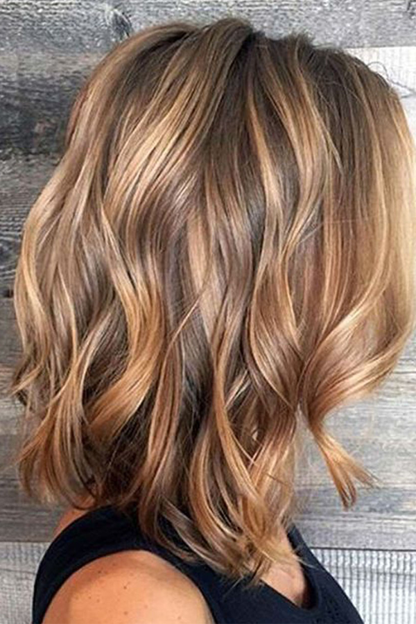 Shoulder Length Loose Wavy Synthetic Hair Capless